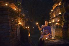 Thai Lady Costume of Ayutthaya Thailand (SaravutWhanset) Tags: china travel light woman cute heritage asian thailand costume asia culture jewelry thai beatiful candel beauti twillight custume frashion jouner worldheriltage