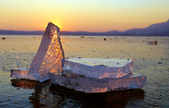 ghiaccio su ghiaccio (omar.zanni) Tags: sunset lake ice tramonto lecco ghiaccio civate