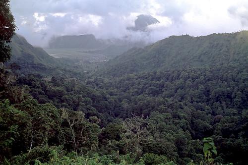 Ausflug zum Pass am Gunung Adas