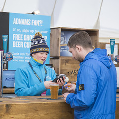 Dawn at the bar (Adnams) Tags: beer theboatrace ghostship 2016 adnams furnivallgardens thebnymellonboatraces