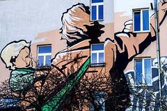Fassadenkunst, Berlin (Fliwatuet) Tags: berlin wall germany painting schneberg de deutschland kunst panasonic ostern fassade wandmalerei m43 mft huserwand em5 fassadenkunst 20mm17 olympusomd