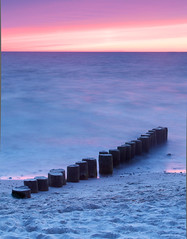 (cappuccino289) Tags: sunset sea beach dusk balticsea ostsee groynes buhne