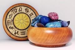 Astrology   101/366 (Cassidy Jade) Tags: wood rocks bowl astrology woodenbowl 366 astrologysigns 366project day101366 cy365 366the2016edition 3662016 10apr16