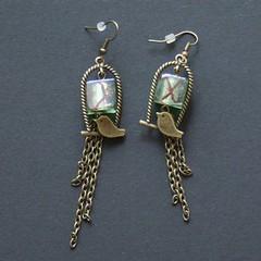 oiseaux (fabrikarine) Tags: fleur vintage collier bijoux plastic boucle fou cuivre doreille