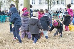 DSC_5699 (Le Plessis-Robinson) Tags: seine de jardin le enfants kermesse 92 philippe robinson oeufs oeuf orchestre plessis poney paques pques jeux hauts cloches pemezec