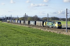 70 004 (Ian Chpman) Tags: warrington junction class 70 004 freightliner 70004 winwick
