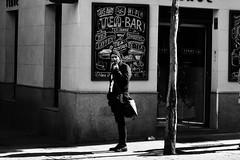 L'uomo (papaverigreta) Tags: madrid blackandwhite man smart spain cigarette uomo hombre cigarillo sigaretta manwithhat