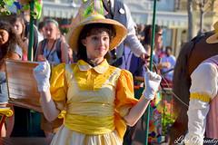 Main Street Trolley Show (disneylori) Tags: mainstreet disney disneyworld wdw waltdisneyworld magickingdom mainstreetusa trolleyshow disneyperformers mainstreettrolleyshow