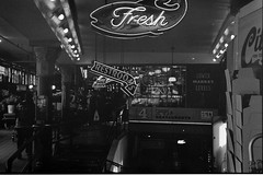 Fresh Restrooms (Bob Butterfield Photography) Tags: seattle trix pikeplace m3