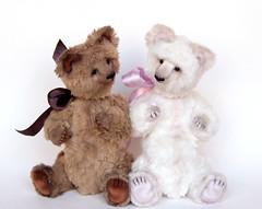 White&Brown artist teddy bears. (Bayle.V.) Tags: bear teddy teddybear viscose artistbear artisttoy smalbear