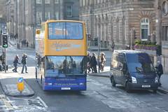 527 (Callum Colville's Lothian Buses) Tags: edinburgh president dennis lothian trident lothianbuses plaxton edinburghbus