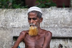 7D9_1034 (bandashing) Tags: street old portrait england man beard manchester sharif shrine beggar bones disabled sylhet bangladesh waif toupee socialdocumentary wasting malnourished mazar dargah aoa shahjalal bandashing akhtarowaisahmed