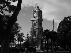 The clock tower at Dolmabahe Palace, Istanbul (Steve Hobson) Tags: tower clock istanbul palace saray dolmabahe