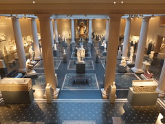 Gazing Upon Roman Art (failing_angel) Tags: usa newyork manhattan 5thavenue metropolitanmuseumofart classicalgreece leonlevyandshelbywhitecourt 290515 hellenistickingdoms