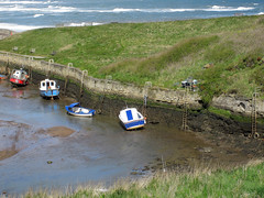 Low Tide (patf73) Tags: boats seatonsluice