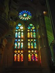 La Sagrada Familia (Smi_Madani) Tags: barcelona spain olympus gaudi gaud catalunya es sagradafamilia lasagradafamilia spanien omd antonigaudi antonigaud katalonien olympusomd em10ii