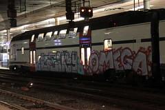 SBB Doppelstockzug RABe 511 112 - 0 KISS noch ohne Taufname ( DOSTO 4 - teilig - Hersteller Stadler Rail - Inbetriebnahme 2012 ) am Bahnhof Bern im Kanton Bern der Schweiz (chrchr_75) Tags: chriguhurnibluemailch christoph hurni schweiz suisse switzerland svizzera suissa swiss januar 2016 albumsbbrabe511doppelstockzug dosto doppelstockzug zrcher sbahn sbb cff ffs bahn train treno stadler rail albumstadlerrail eisenbahn schweizer bahnen zug albumbahnenderschweiz juna zoug trainen tog tren  lokomotive  locomotora lok lokomotiv locomotief locomotiva locomotive railway rautatie chemin de fer ferrovia  spoorweg  centralstation ferroviaria