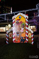WFOL Cut out (OPG Winter Festival of Lights) Tags: niagarafalls gingerbread saycheese gingerbreadmen wfol edgewaters wfol2015