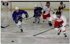 Hockey Hielo - 31 (Jose Juan Gurrutxaga) Tags: ice hockey hielo txuri urdin txuriurdin izotz icebluecats file:md5sum=7018a327302ff88714f5e8389b237a47 file:sha1sig=c437030ffbc9eba8e12cdb14fa59d5b2f3e661c1