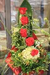 ramo de rosas (javierortegaferrandez) Tags: planta flor ramo
