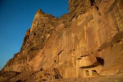 Sur les traces de Jaussen & Savignac (Dlirante bestiole [la posie des goupils]) Tags: grave tomb middleeast archeology saudiarabia archologie alula dedan arabie hegra
