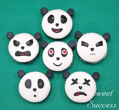 Panda Emoticons (sweetsuccess888) Tags: cupcakes panda philippines emoticons sweetsuccess pandacupcakes