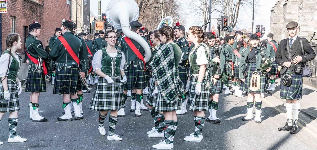 SHORECREST HIGH SCHOOL [ST. PATRICK'S PARADE IN DUBLIN 2016]-112210