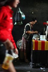 Street Phnom Penh (Jules en Asie) Tags: world street travel ladies people cooking asian julien alley women asia cambodge cambodia cambodian khmer tea asie phnom nationalgeographic penh asiatique reflectionsoflife lovelyphotos jules1405 cambodgien unseenasia earthasia mailler