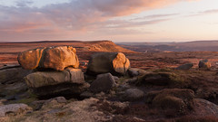 Margery Stones Sunset (Paul Newcombe) Tags: uk sunset england landscape march rocks outdoor derbyshire peakdistrict hill moors moorland gritstone southyorkshire howden 2016 sidelight howdenmoors margeryhill highstones wilfreyedge margerystones paulnewcombephotography canon1635f4l