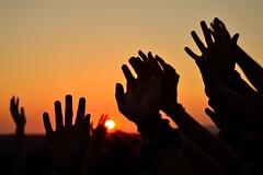 Unity (Hctor Creer Crear Crecer) Tags: sunset sky sun sol contraluz atardecer libertad freedom hands nikon unity union manos cielo soul silueta d3200