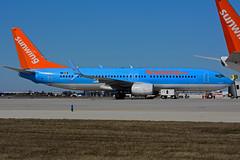OO-JAA (Sunwing - Jetairfly) (Steelhead 2010) Tags: boeing tui yyz b737 b737800 jetairfly sunwingairlines oojaa ooreg