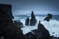 Deep Limit (DBPhotographe) Tags: ocean voyage travel sea mer storm david nature rock danger canon dark vent iceland eau mood marin hurricane pluie wave sombre lee nd filters nuages paysage vague rocher orage reykjanes cpl islande embrun ambiance 6d tempête photographe gnd dramatique bouscarle
