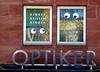 OPTIKER. (Skiappa.....v.i.p. (Volentieri In Pensione)) Tags: lumix colore edificio panasonic finestra occhi norimberga simpatia occhiali facciata oculista skiappa