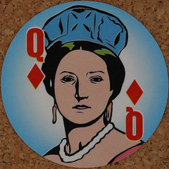 Round Playing Card Queen of Diamonds (Leo Reynolds) Tags: playing deck card squaredcircle playingcard carddeck xleol30x