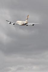 'EY33R' (EY0012) LHR-AUH: A6-APG first visit to London Heathrow. (A380spotter) Tags: london climb colours 1st heathrow belly airbus a380 scheme departure takeoff 800 etihadairways lhr livery 2014 ey egll etihad etd climbout 27l  runway27l lhrauh serviceentry landorassociates fromabudhabitotheworld ey0012 firstvisittolhr firstvisittoheathrow secondcommercialservice secondrevenueflight facetsofabudhabi a6apg msn0198 ey33r