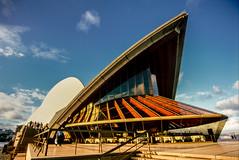 Sydney Opera House in 1998 (Mister Electron) Tags: city slr 35mm opera arch sydney culture australia slidefilm 35mmfilm nsw transparency newsouthwales 1998 analogue aussie slides downunder sydneyoperahouse diapositive nikonf70 southernhemisphere konicachrome antipodean plustek konicachromer100 plustek8200ai