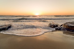 wave goodbye sunset (boobie40) Tags: nikon sandiego southerncalifornia 21mm d810 zeiss21mm