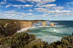 W-IMG_5770 (baroudeuses_voyage) Tags: ocean road sea beach londonbridge rocks oz cove great meadow australia roadtrip victoria cliffs van greatoceanroad 12apostles apostles australie gor elgrotto