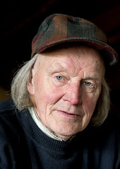 Aulis (Poupetta) Tags: old man finland helsinki stranger finnish collector aulis