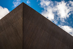 Triang (jdelrivero) Tags: sky architecture clouds arquitectura steel cielo elements nubes material acero elementos