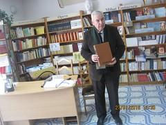 Academicianul Mihai Cimpoi prezint fondul de documente (Centrul Academic Eminescu) Tags: mihai academic eminescu centrul chiinu cimpoi