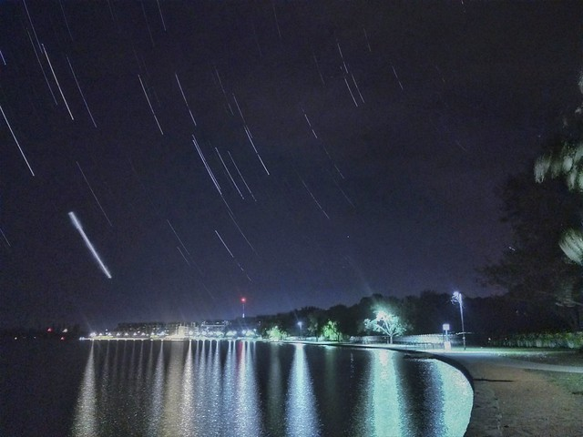 longexposure lake night reflections venus blender lighttrails startrails iphone lakeburleygriffin southcelestialpole exifeditor topazdenoise topazsimplify iphoneography snapseed planettrails photofxlab filterstormneue nightcappro iphone6splus