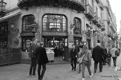 Caf Victoria Eugenia (Landahlauts) Tags: sevilla seville andalucia andalusia andalusien sville andalousie andalusie siviglia  andaluzia andaluzja sewilla andaluzio    endls      endulus     elbacalao    andalouzia andalusiya   ishbiliya fujifilmxpro1 cafevictoriaeugenia fujifilmfujinonxf18mmf2  capitaldeandalucia