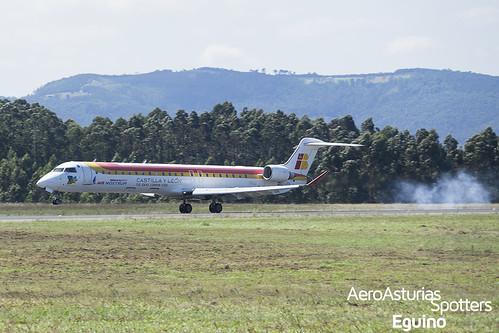 Aterrizaje del Canadair CRJ-900 (EC-JTS) Air Nostrum aterrizando