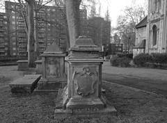 Old Tombs south of the church (IanAWood) Tags: urban stpancras walkingwithmynikon lbofcamden nikkorafs28mmf18g nikondf