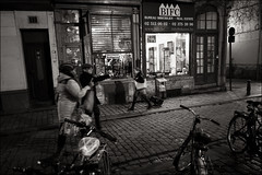 This way! (Johannes Wachter) Tags: street brussels bruxelles brssel brussel belgien nachtaufnahmen