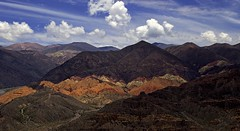 Vista desde el Pucar (Jennifer Feinbraun) Tags: naturaleza mountain color nature argentina colors canon montaa noa jujuy tilcara pucar 25faves
