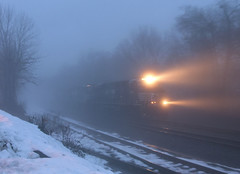20W Appears... (Erie Limited) Tags: fog ns ge norfolksouthern csao piscatawaynj es44ac lehighline