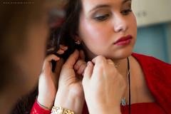 Preparazione sposa (Andrea Brocca) Tags: wedding red nikon mamma rosso matrimonio sposa d800 preparativi orecchini orecchino preparazione