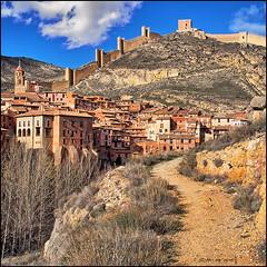(2249) Albarracn (Teruel) (QuimG) Tags: landscape golden paisaje olympus teruel paisatge aragn albarracn specialtouch quimg quimgranell joaquimgranell afcastell obresdart